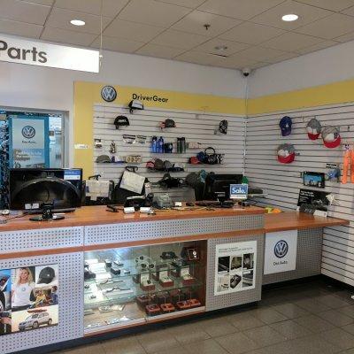 Vw Van Nuys >> Car Dealer Car Repair Negozio Los Angeles Volkswagen Van Nuys