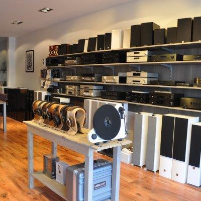 9064def692e Negozio Elettronica Negozio Alkmaar Tune Inn - Local Tourmake