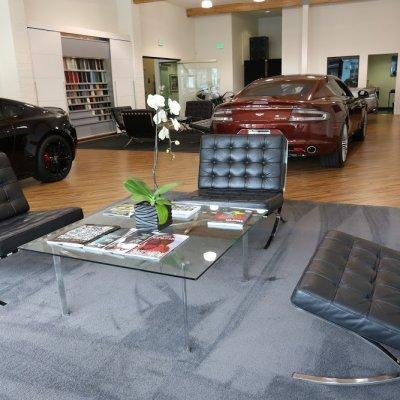 Tyhjä Negozio Beverly Hills O Gara Coach Aston Martin Local Tourmake